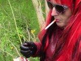 Amateurvideo Das Rauchen ist im Wald verboten! von bondageangel