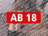 Amateurvideo Arschfick-Sklaven mit StrapOn rangenommen von Mary_Jane