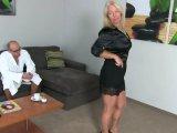 Amateurvideo Skandal! Neffe(19)spritzt mir auf die Fotze!!! von KissiKissi