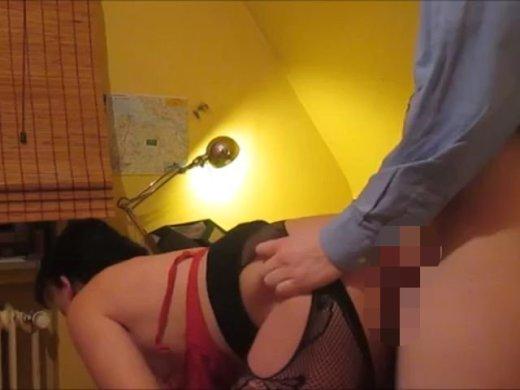 Amateurvideo Lehrerin verführt 18jährigen Schüler.... von SexyNoemi