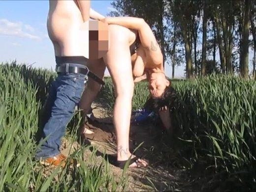 Amateurvideo Vom Spanner beim Sonnenbaden überrascht !!! von SexyNoemi