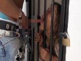 Amateurvideo Gefangen im Käfig !! von AmateureXtrem