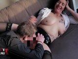 Amateurvideo Sexy-Noemi - Vom süßen jungen Mann zum Orgasmus geleckt !! von SexyNoemi