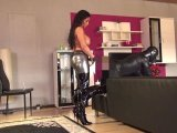 Amateurvideo IA_Shiney_Leggins_And_The_XL_Strapon von indiaamazonas