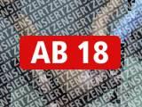 Amateurvideo Peeloch unter Strom von AmateureXtrem