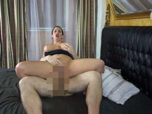 Amateurvideo Bei mir dürfen User Ficken ! Willst Du auch Mal ??? von QueenParis