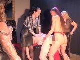 Amateurvideo 4 Ladies und ein Sklavenarsch! von RosellaExtrem