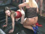 Amateurvideo Karina und Rosella schlucken Anal-Pisse! Kamera 2 von RosellaExtrem