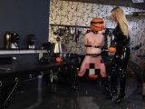 Amateurvideo Spaß mit dem Halloween Sklaven von Calea_Toxic