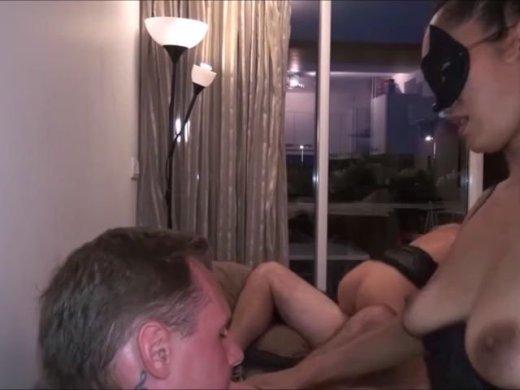 Amateurvideo private swinger tauschen ihre frauen und ficken die jeweils von DonJohnXXX