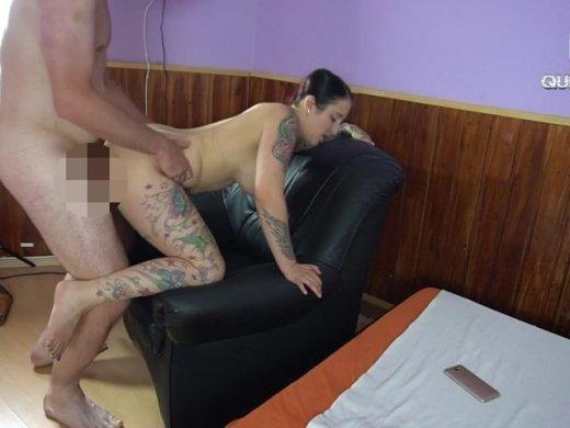 Amateurvideo Besten Freund meines Bruders beim Wixxen Erwischt! from QueenParis