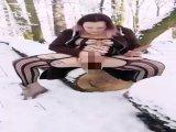 Amateurvideo Public pee für den Förster von Eisa