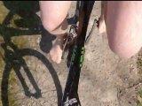 Amateurvideo In Feinstrumpfhose Fahrradfahren ** Foot Fun ** from nylonjunge