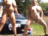 Amateurvideo 2 Frauen pissen from crazydesire86